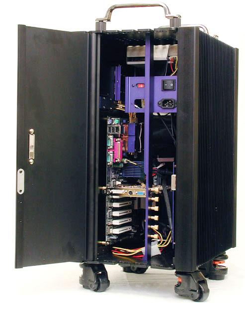 アルミアングルとリベッターでMOD PCを作っ ...