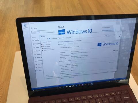 笠原一輝のユビキタス情報局 windows 10 sとsurface laptopを武器に文教