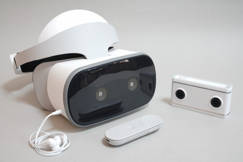 Lenovo Mirage Solo with Daydream(51,200円)<br>Lenovo Mirage Camera with Daydream(35,800円)