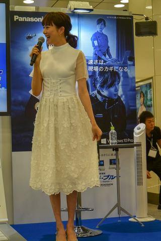 東京駅で比嘉愛未さん、浅利陽介さん登壇のレッツノートイベント。映画 ...