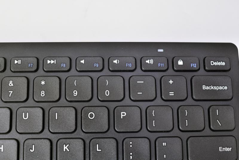 画像 【やじうまミニレビュー】2 000円で買えるankerの小型bluetoothキーボード ~windows