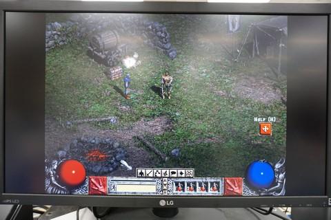 やじうまPC Watch】とりあえず4K PCで「Diablo II」を遊んでみた