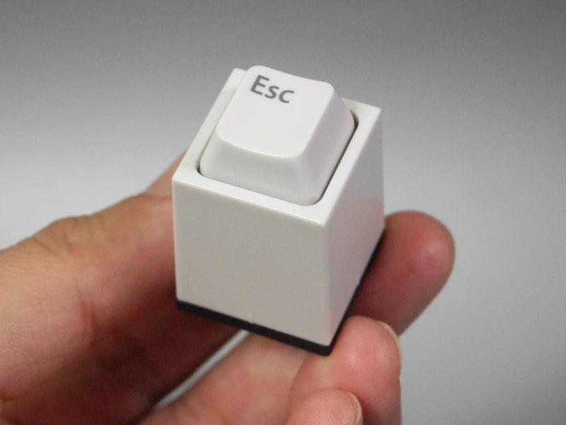 【やじうまミニレビュー】 PCマニア御用達? キーの形状をしたハンコ「キー印」を試す